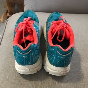 Saucony Shoes - Saucony sneakers - used but great condition